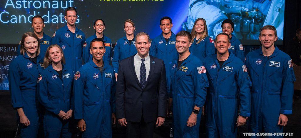 Nasa เลือกนักบินอวกาศสำหรับภารกิจดวงจันทร์ใหม่ Nasa ได้ประกาศนักบินอวกาศ 18 คนที่จะเดินทางไปดวงจันทร์ภายใต้โครงการ Artemis