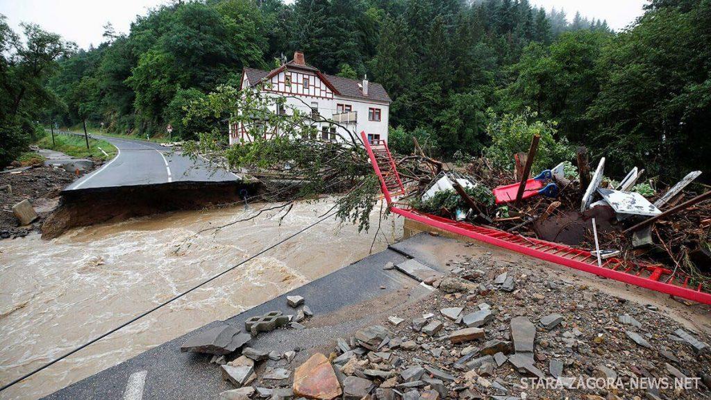 น้ำท่วมเยอรมนี เสียชีวิต 6 ราย สูญหายหลายสิบคน ตำรวจกล่าวว่า มีผู้เสียชีวิตอย่างน้อย 6 คน และสูญหายอีกหลายคนหลังจากเกิดอุทกภัยครั้งใหญ่